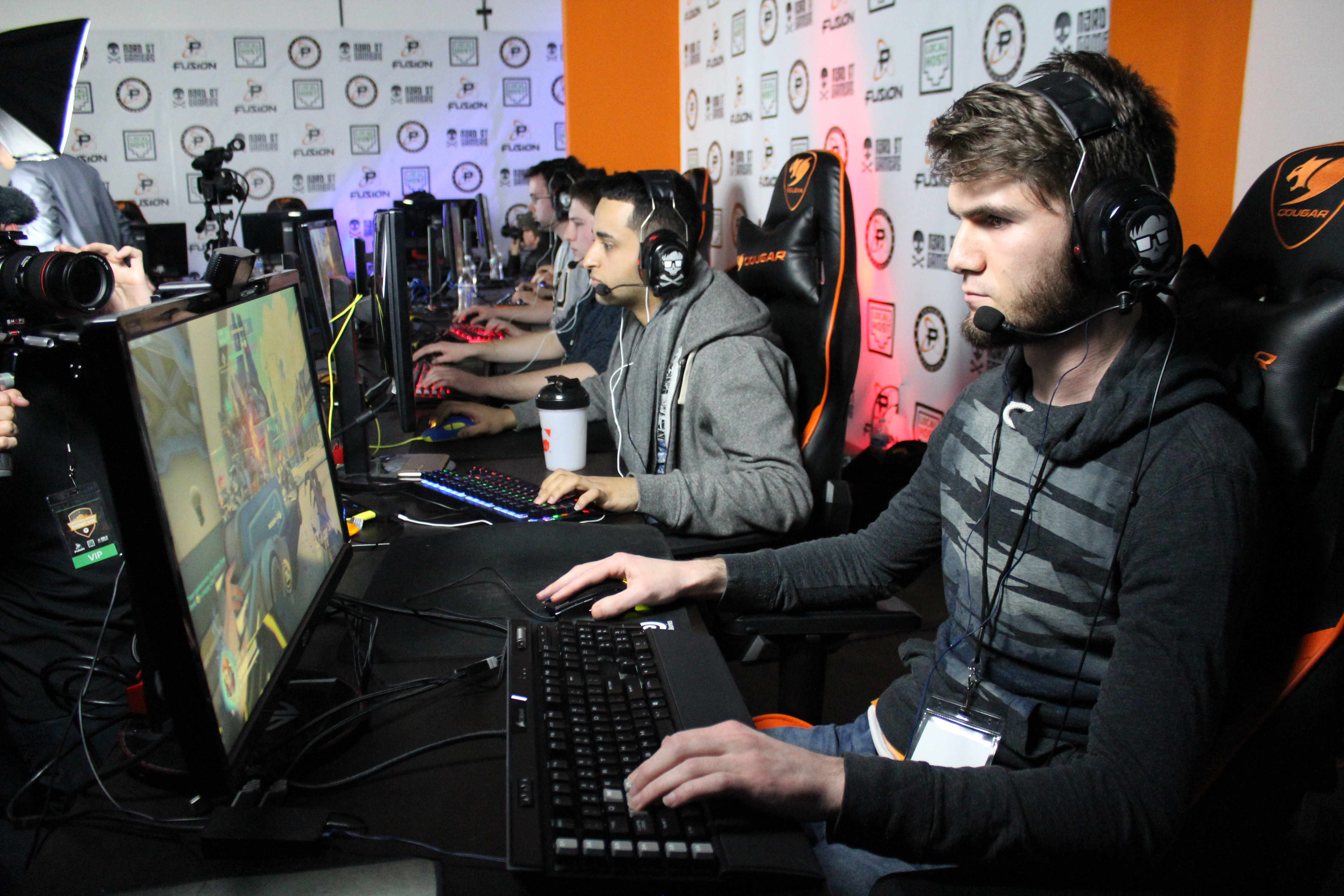 Players had the chance to have their gameplay streamed live to hundreds of people.