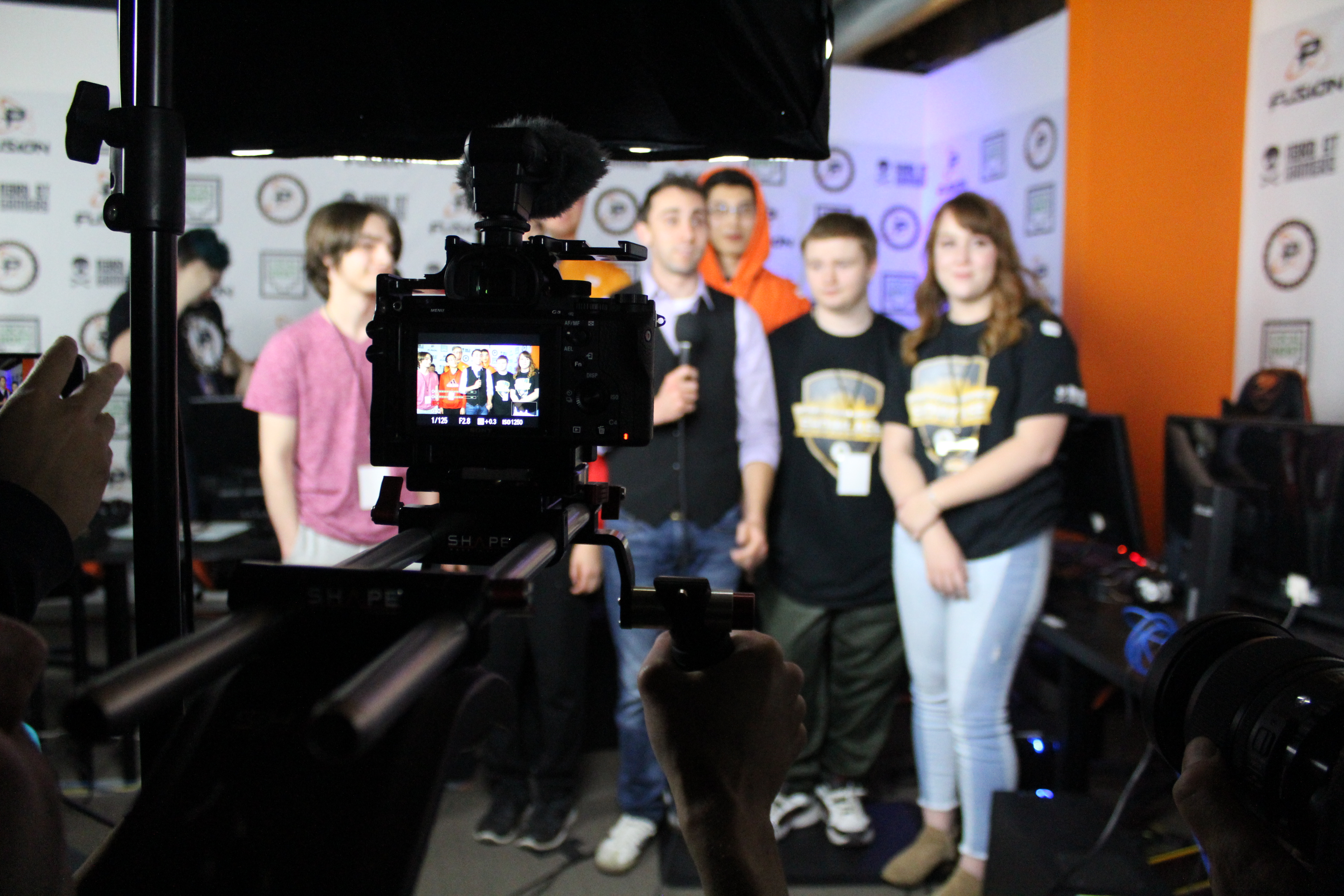 The top six getting ready to go live to the stream for the final sendoff.